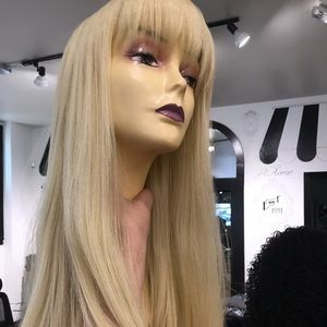 Accessories - Wig Long Blonde 613 wig with bangs